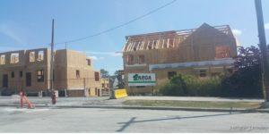 อาคารที่ก่อสร้างด้วยไม้